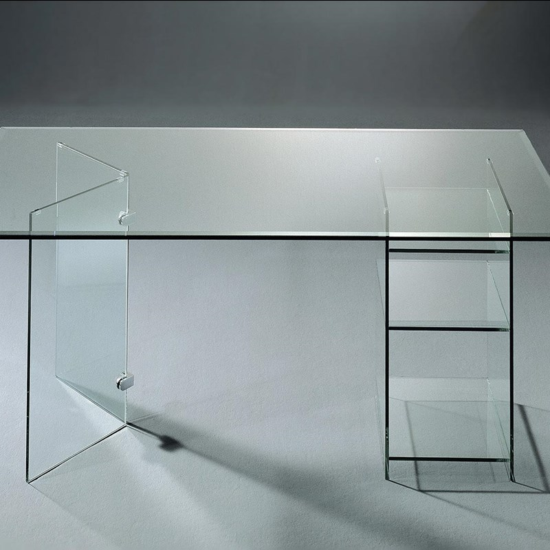 Glass table CLASSIC 5531 by DREIECK DESIGN: FLOATGLASS + base with 1 glass angle + 1 shelf